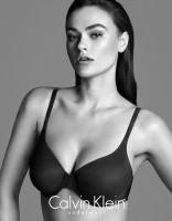 Calvin Klein ouvre-t-il la porte aux mannequins rondes ?