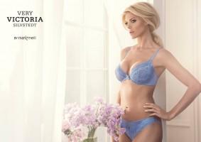 Victoria Silvstedt présente sa nouvelle collection